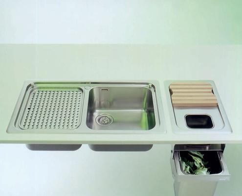 Einbauspülen mit 1 - 2 Becken, ovaler Schale, Abfalltrennsystem in Einbauausführung