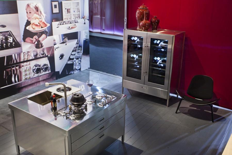 Edelstahl-Weinkühlschrank 128 cm breit, 200 cm hoch