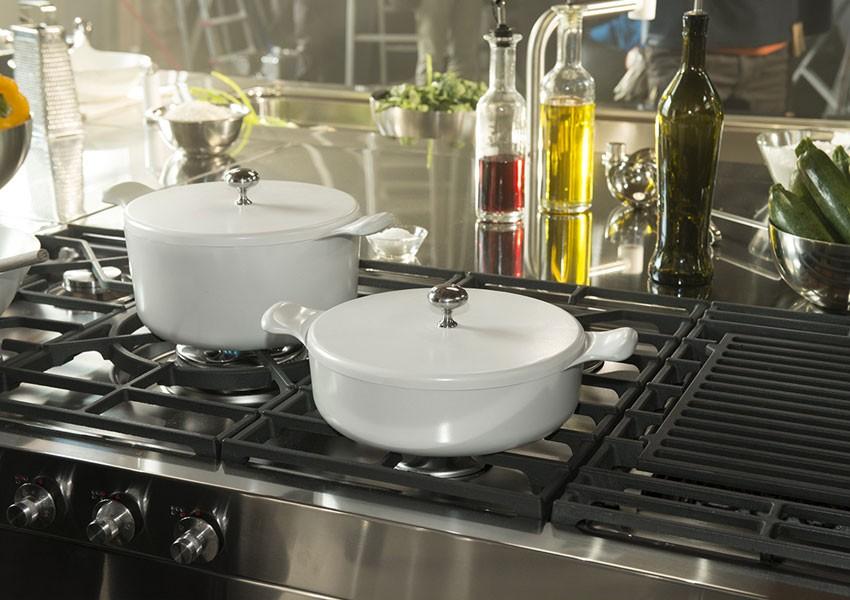 Edelstahlküche Gas mit Gusseisen-Rost