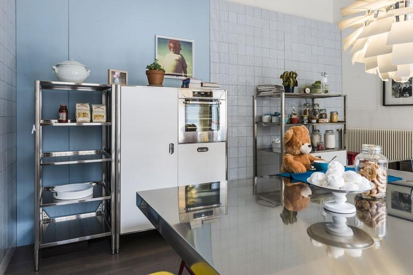 Große Edelstahl-Kücheninsel 125 x 310 cm