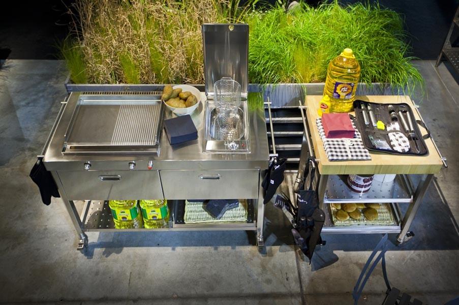 Outdoor-Küche auf Rädern, 130 cm breit, mit Plancha und Fritteuse